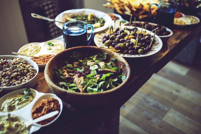 אוכל בחתונה חברתית