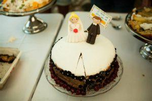 חתונה שונה - שיר שרז